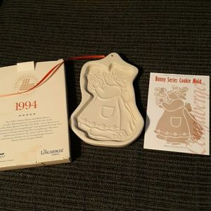 1994 Longaberger Bunny Series Cookie Mold
